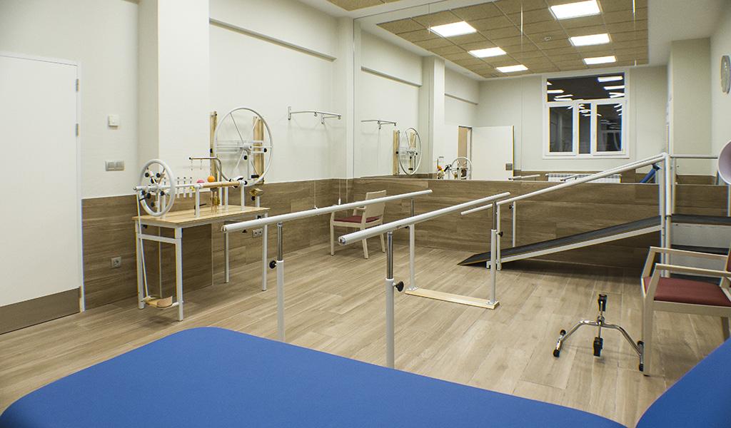 sala-rehabilitacion-residencia-geriatrica-nd-mobiliario-equipamiento